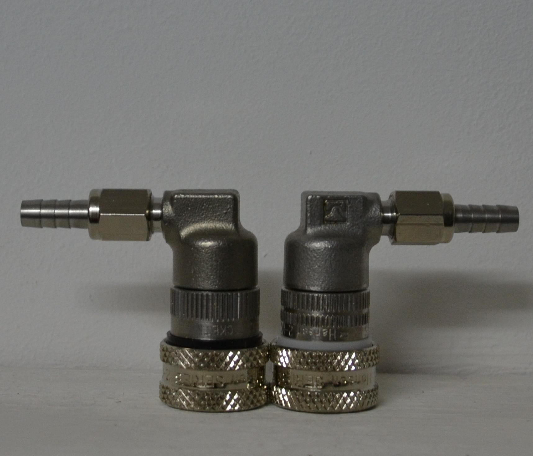 RVS snelkoppelingen druk en uitlaat Image
